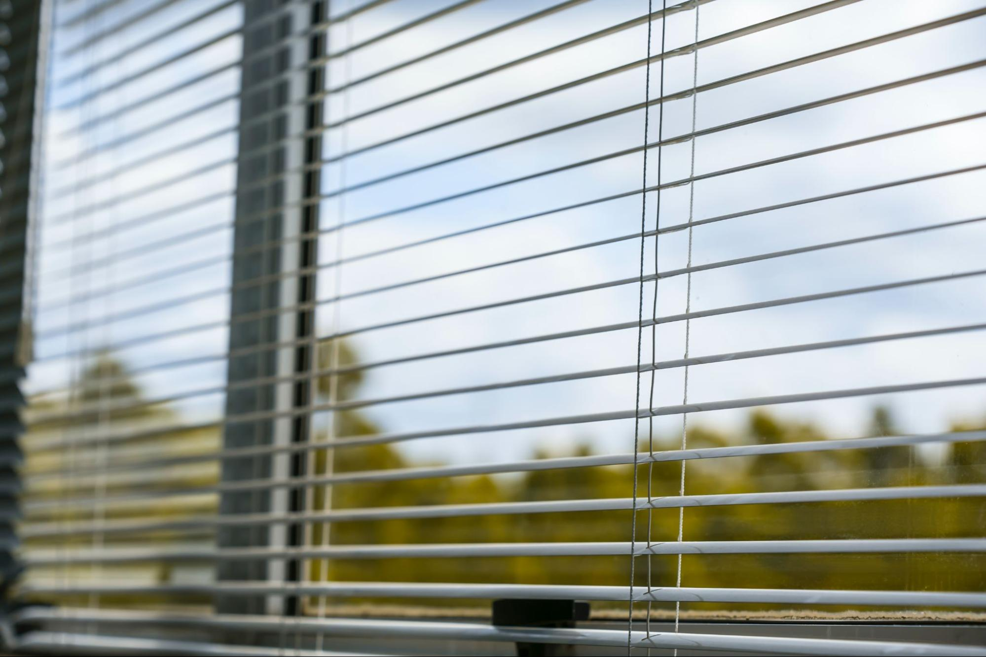 Why Hire Window Cleaners? The Benefits of Better Looking Windows